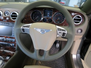 Bentley Three spoke Steering Wheel
