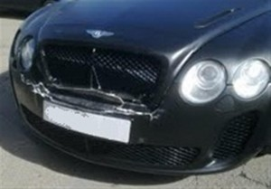 Bentley GT with frontal damage