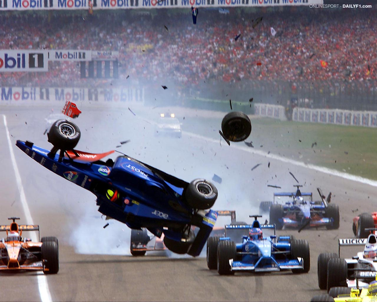 f1 accident, formula 1 accident, car crash