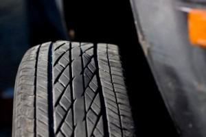 wheel alignment, shaking steering wheel, causes for shaking wheel